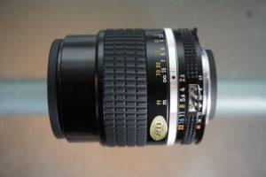 Nikon Nikkor Ai-S 105mm f2.5 classic lens