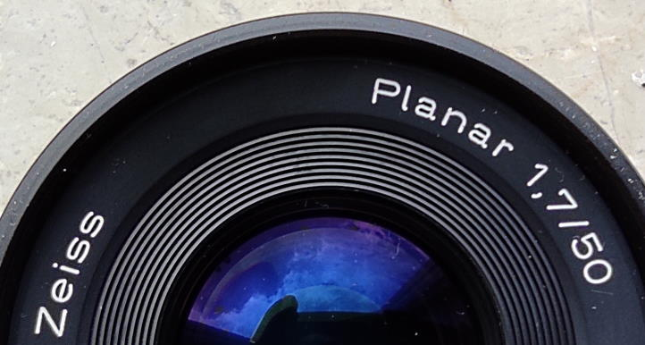 Modern Planar lenses are a hybrid of all three of the lens types Planar, Biotar and Biometar